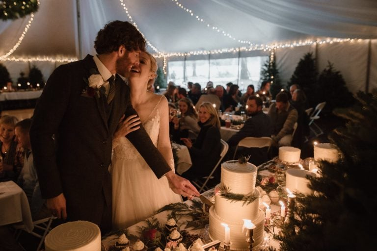 The Warmest Outdoor Winter Wedding in Oregon